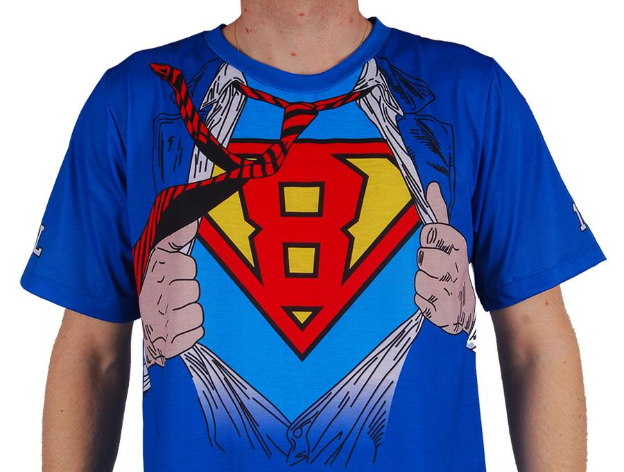 camiseta-super-homem-tirando-roupa