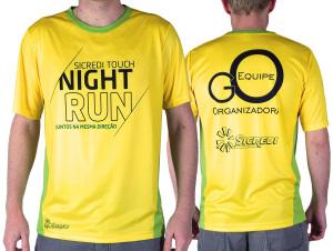 Camiseta para organização do evento Sicredi Night Run, fabricada em dry-fit.
