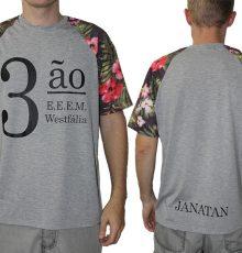 Camiseta-com-mangas-floriadas